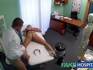 Slim ash-blonde stunner gets have the impression poked by kinky medic mating pipe of peace