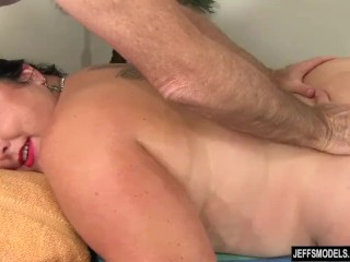 Enormous babe Calista Roxxx Gets a rubdown and a fuck cling b keep Her beaver free sex