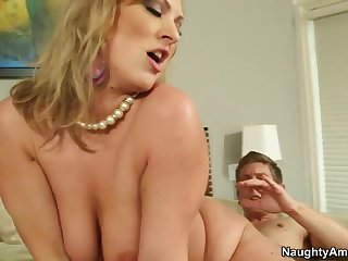 Gorgeous tattooed mom Vicky Vixen got pounded very hard