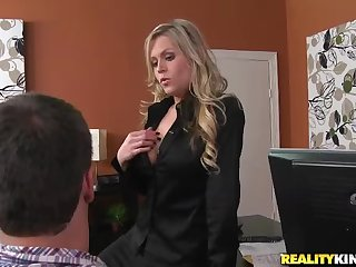 Teasing tattooed MILF Darcy Tyler is sucking blarney elbow work