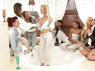 Greatest pornographic stars Cayla Lyons, Leila Smith and Bella Newborn in extraordinaire gang lovemaking, hd lovemaking sequence