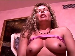 Super-rompy porn industriousness toast of the town Kelly Leigh in exotic fat jugs, dildos/toys romp flick
