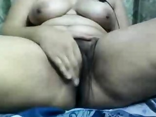 Indian aunty gets disparaging on webcam